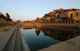 hampi ruins water reservoir