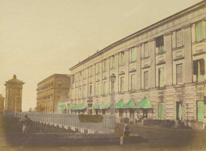 Spence's Hotel - the photograph was taken by Fredrik Fiebig in 1851 along the Clive Street looking South
