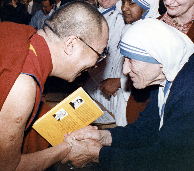 mother with dalai lama