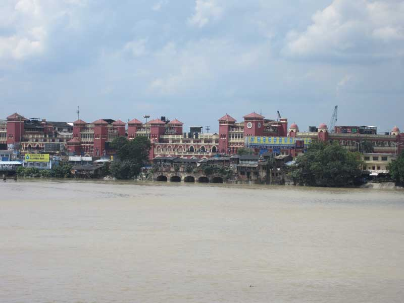 Howrah Station from Chotulal Ghat