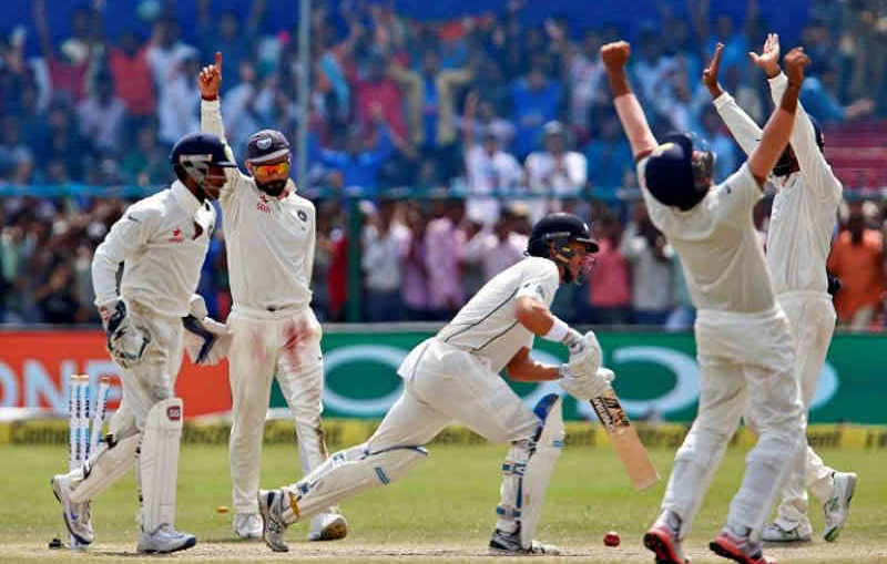 India defeating New Zealand in 2nd Test at Eden Gardens 2016