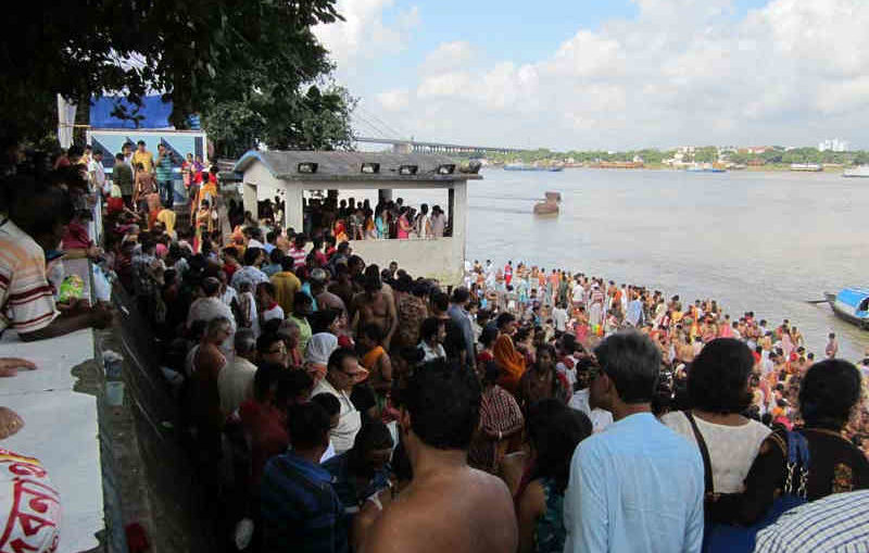 Judges Ghat on The Day Of Mahalaya