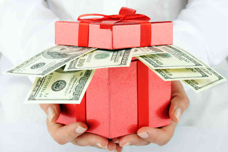 gift in cash