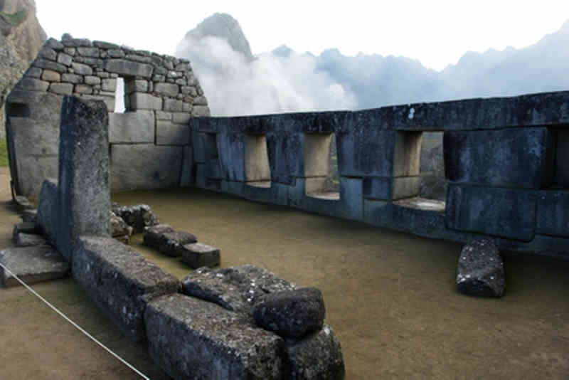 Machu Pichu - Temple of the Three Windows 01