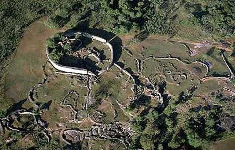 Mysterious monuments great zimbabwe ruins zimbabwe ruins sciox Image collections