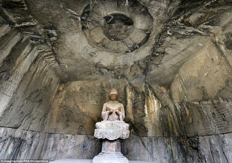 The Royal Cave Temple in the Longmen Grottoes 02
