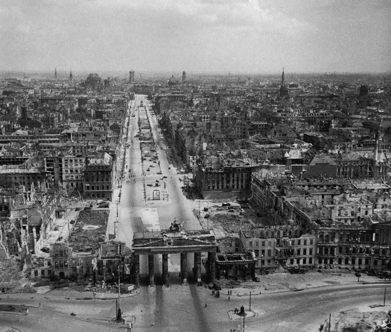Berlin (1940-1945) – 20,000 to 50,000 killed